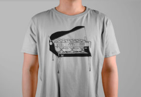 футболка-пиано